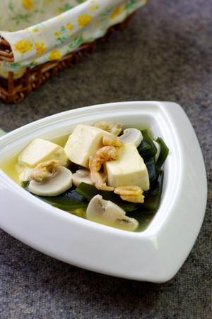 Canh đậu hũ rong biển