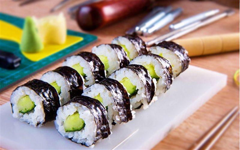Sushi dưa leo - Green Seaweed
