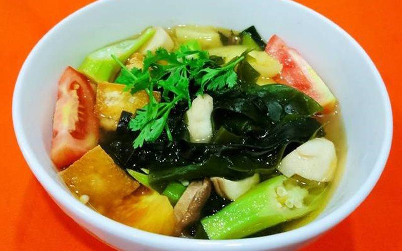 Canh chua rong biển chay - Green Seaweed